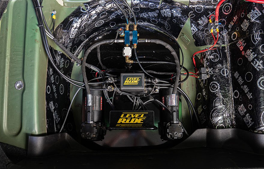 Ford Falcon FG air suspension