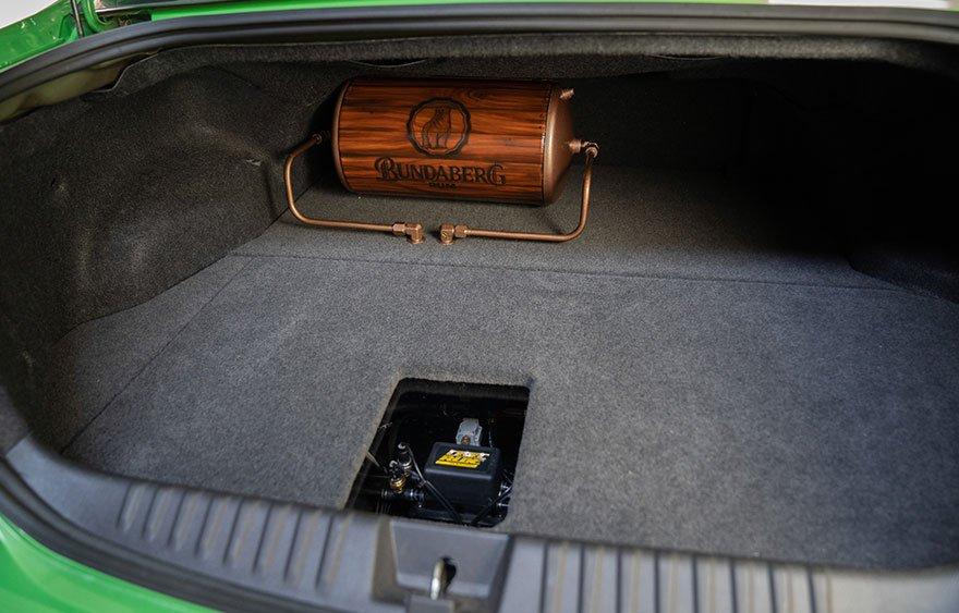 Ford Falcon FG Air Ride Boot Install